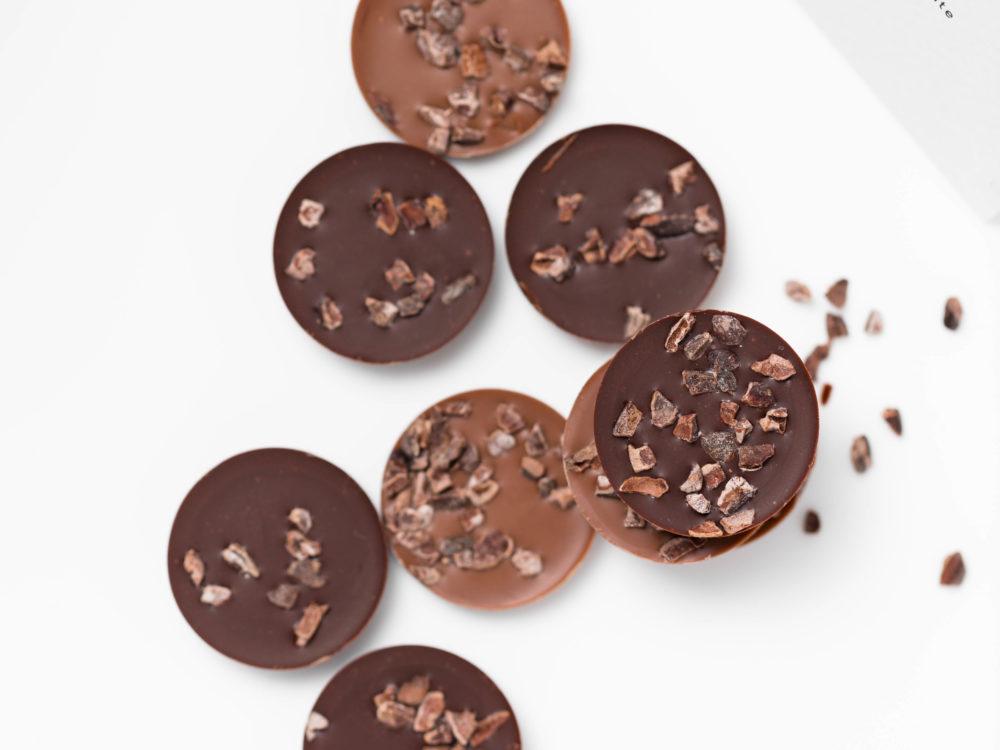 מטבעות שוקולד חלב ומריר